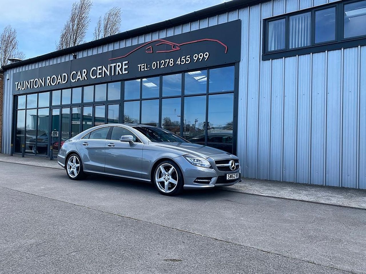 2012 MERCEDES CLS-class CLS 350 CDI BlueEFFICIENCY Sport Auto - Picture 1 of 10
