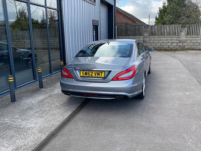 2012 MERCEDES CLS-class CLS 350 CDI BlueEFFICIENCY Sport Auto - Picture 4 of 10