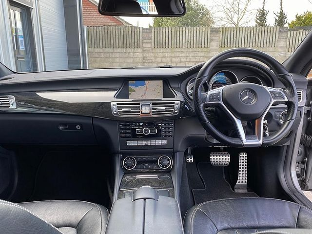 2012 MERCEDES CLS-class CLS 350 CDI BlueEFFICIENCY Sport Auto - Picture 6 of 10