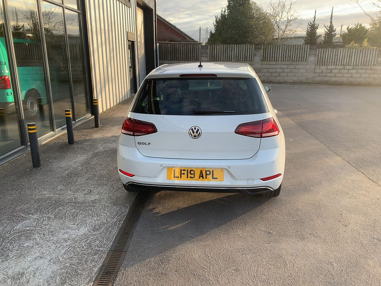 2019 VOLKSWAGEN Golf Match TSI 1.0 110 PS DSG - Picture 5 of 10