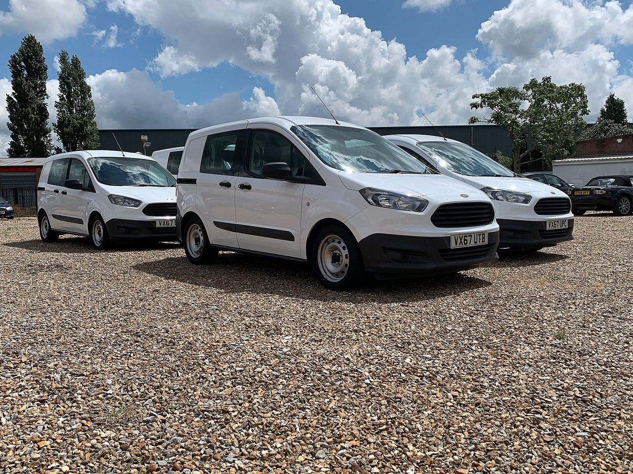 2017 FORD TRANSIT COURIER KOMBI TDCI ECO - Picture 1 of 6