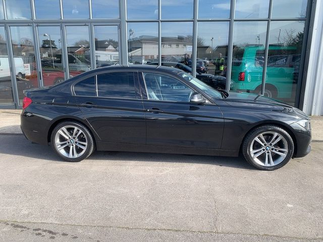 2017 BMW 3 Series 320d Sport - Picture 2 of 11