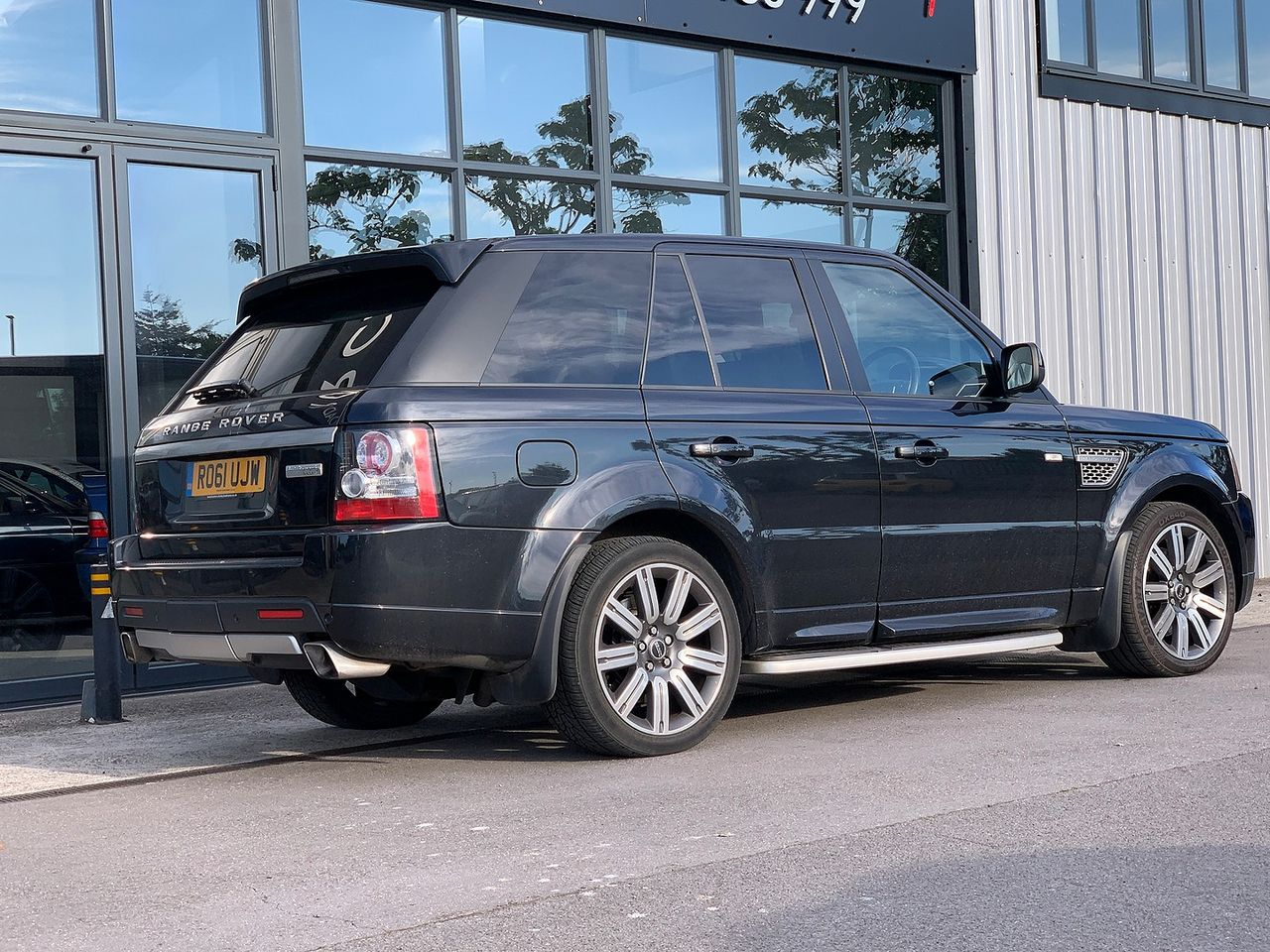 2011 LAND ROVER Range Rover Sport 3.0 SDV6 Autobiography Sport - Picture 2 of 7
