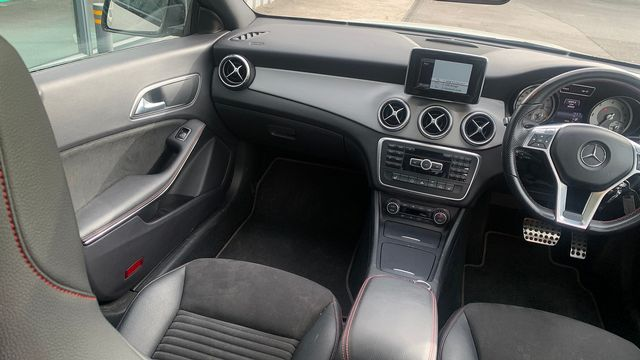2014 MERCEDES CLA-Class CLA 220 CDI AMG Sport DCT - Picture 10 of 12