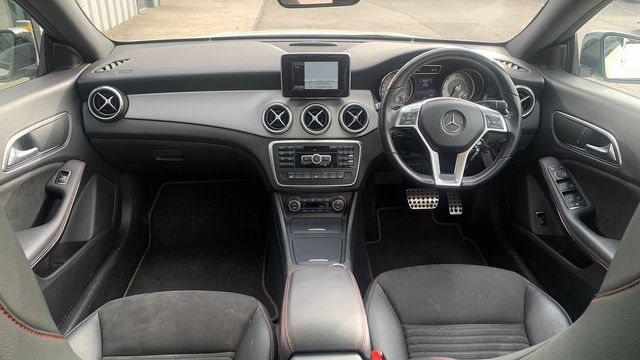 2014 MERCEDES CLA-Class CLA 220 CDI AMG Sport DCT - Picture 9 of 12