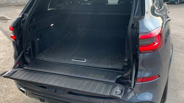 2019 BMW X5 xDrive 30d M Sport - Picture 14 of 27