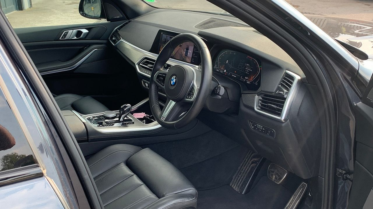 2019 BMW X5 xDrive 30d M Sport - Picture 15 of 27