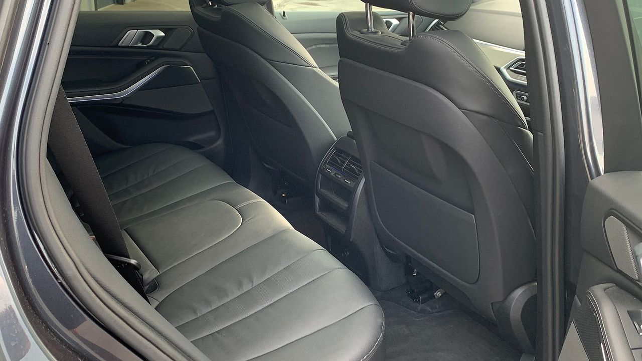 2019 BMW X5 xDrive 30d M Sport - Picture 16 of 27