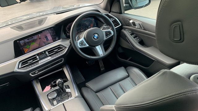2019 BMW X5 xDrive 30d M Sport - Picture 19 of 27