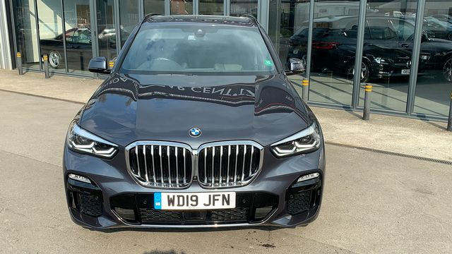 2019 BMW X5 xDrive 30d M Sport - Picture 5 of 27