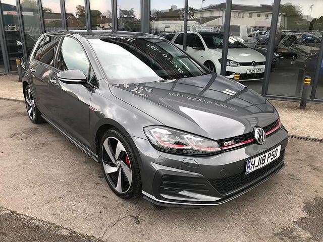 2018 VOLKSWAGEN Golf GTI Performance 2.0 245PS TSI - Picture 1 of 23