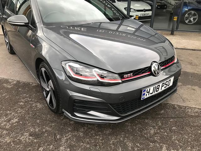 2018 VOLKSWAGEN Golf GTI Performance 2.0 245PS TSI - Picture 8 of 23