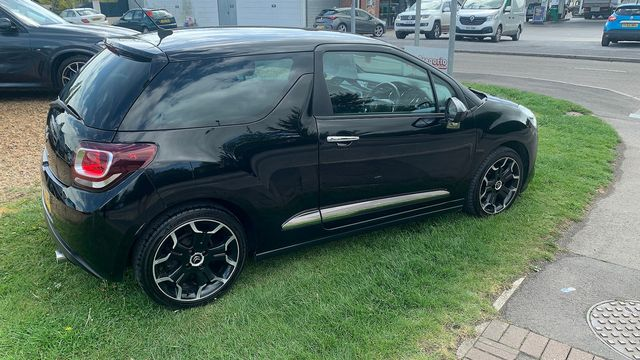 2014 CITROEN DS3 e-HDi 90 Airdream DStyle - Picture 4 of 7