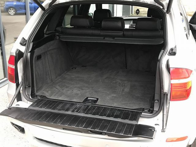 2011 BMW X5 xDrive30d SE - Picture 7 of 12