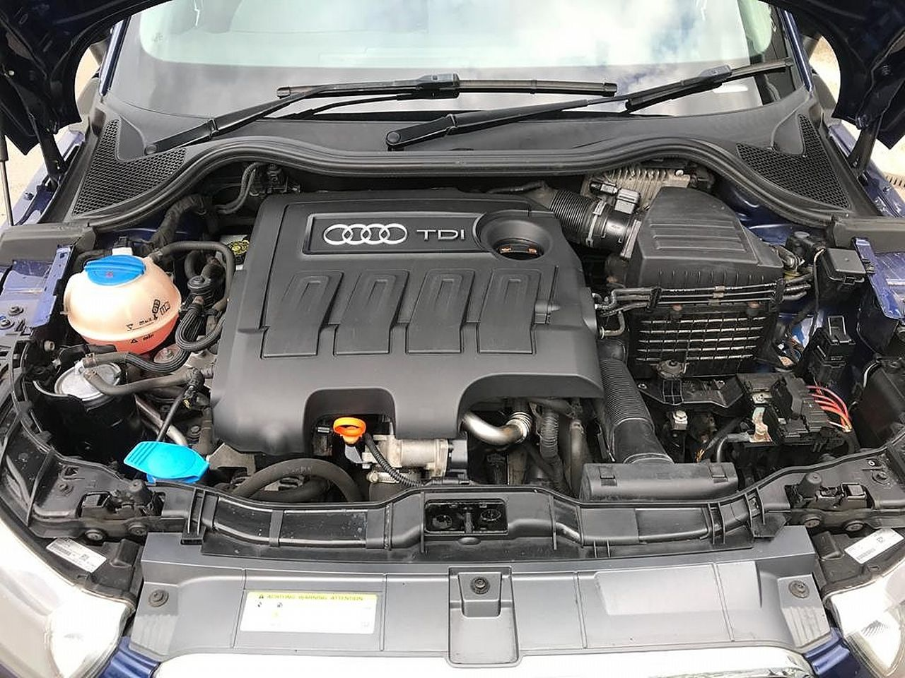 2011 AUDI A1 1.6 TDI Sport 105PS - Picture 13 of 19