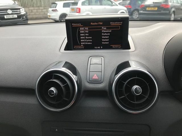 2011 AUDI A1 1.6 TDI Sport 105PS - Picture 15 of 19
