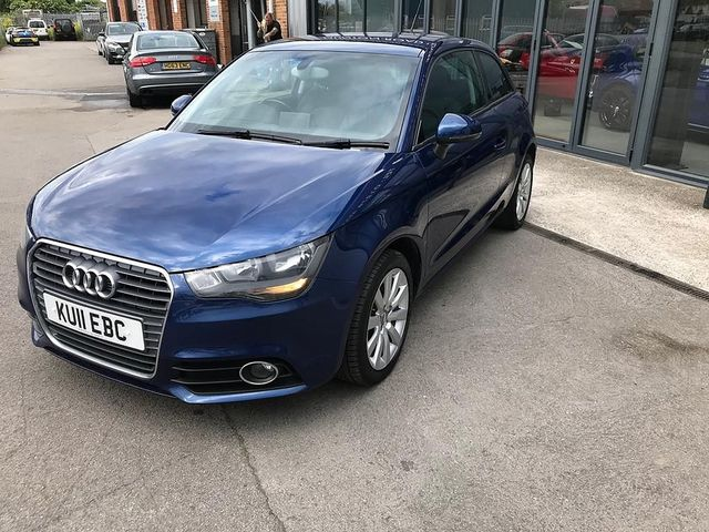 2011 AUDI A1 1.6 TDI Sport 105PS - Picture 2 of 19