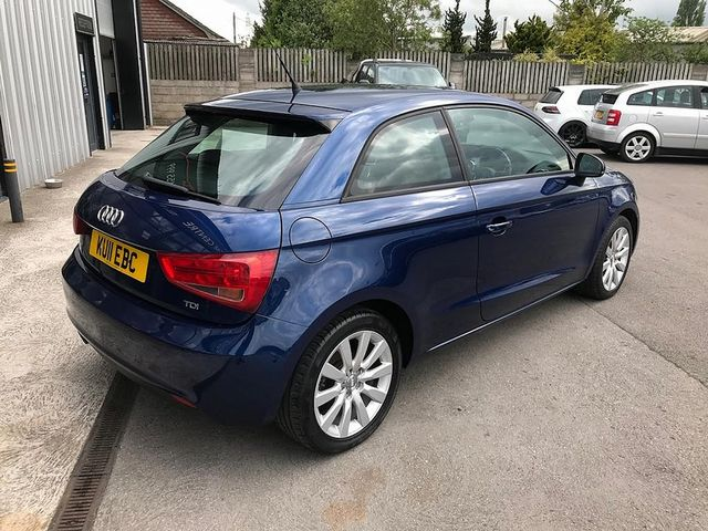 2011 AUDI A1 1.6 TDI Sport 105PS - Picture 9 of 19