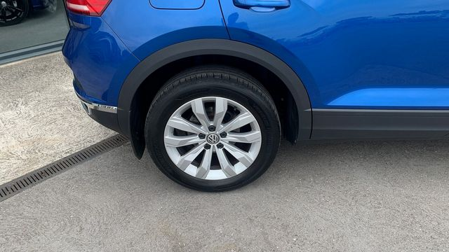 2018 VOLKSWAGEN T-Roc SE 1.6 TDI 115 PS 6-speed manual - Picture 10 of 21
