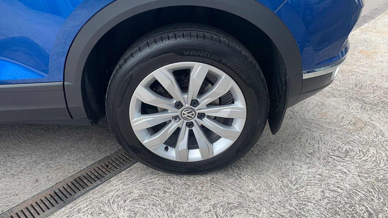 2018 VOLKSWAGEN T-Roc SE 1.6 TDI 115 PS 6-speed manual - Picture 13 of 21