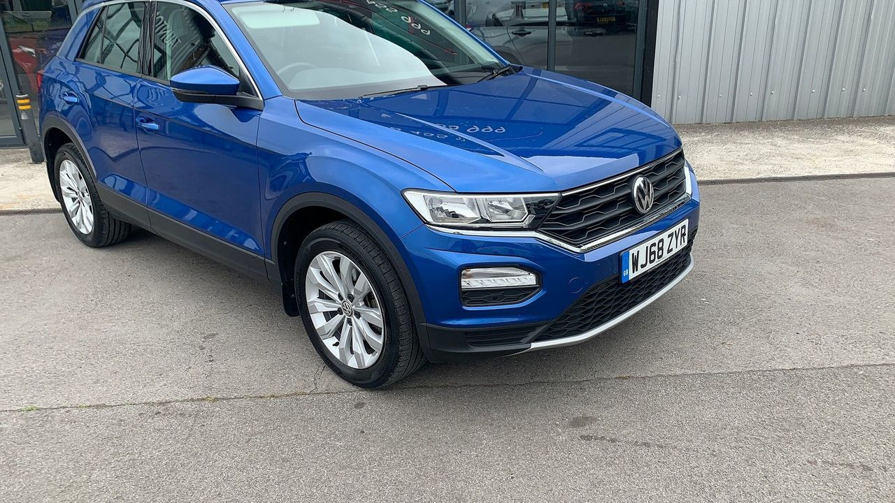 2018 VOLKSWAGEN T-Roc SE 1.6 TDI 115 PS 6-speed manual - Picture 2 of 21