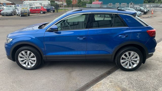 2018 VOLKSWAGEN T-Roc SE 1.6 TDI 115 PS 6-speed manual - Picture 6 of 21