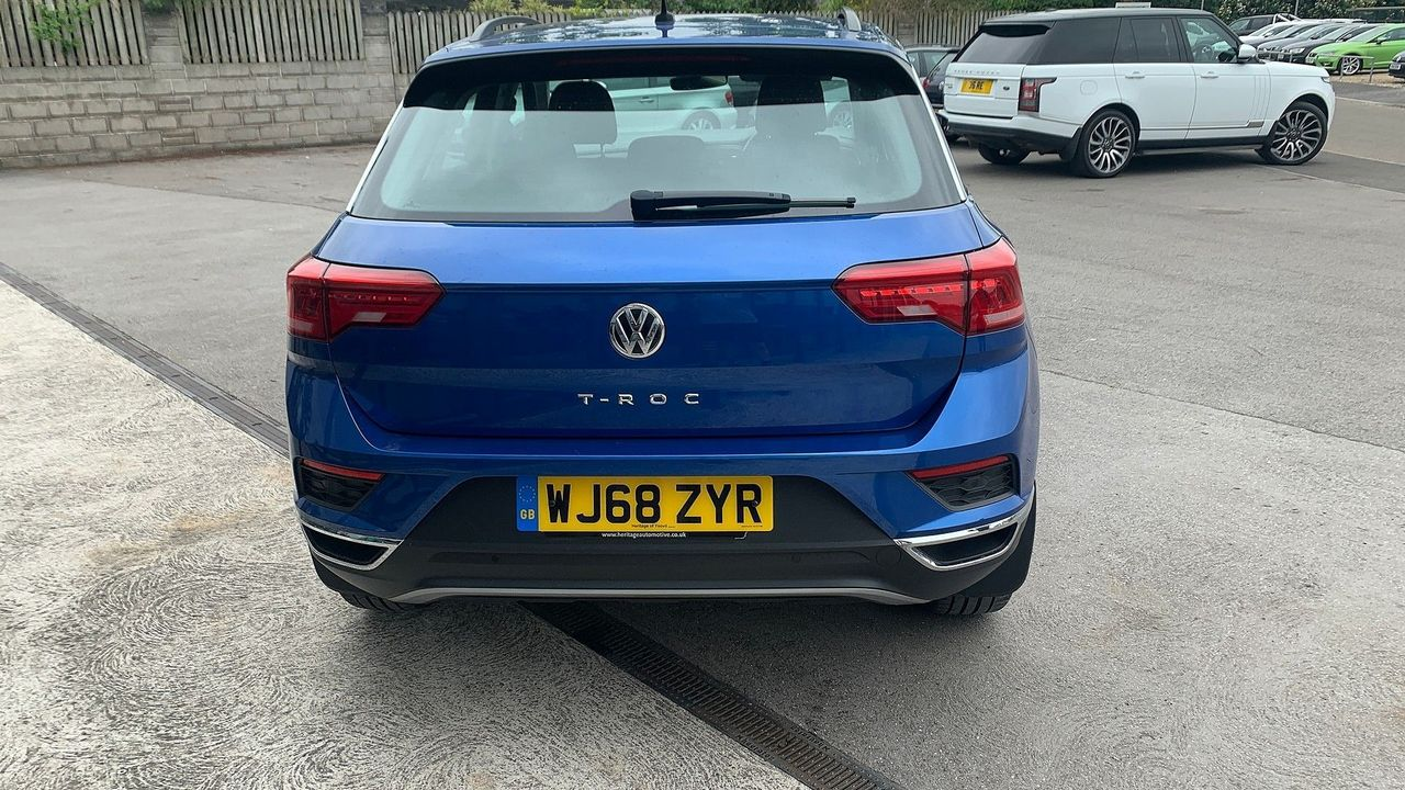 2018 VOLKSWAGEN T-Roc SE 1.6 TDI 115 PS 6-speed manual - Picture 7 of 21