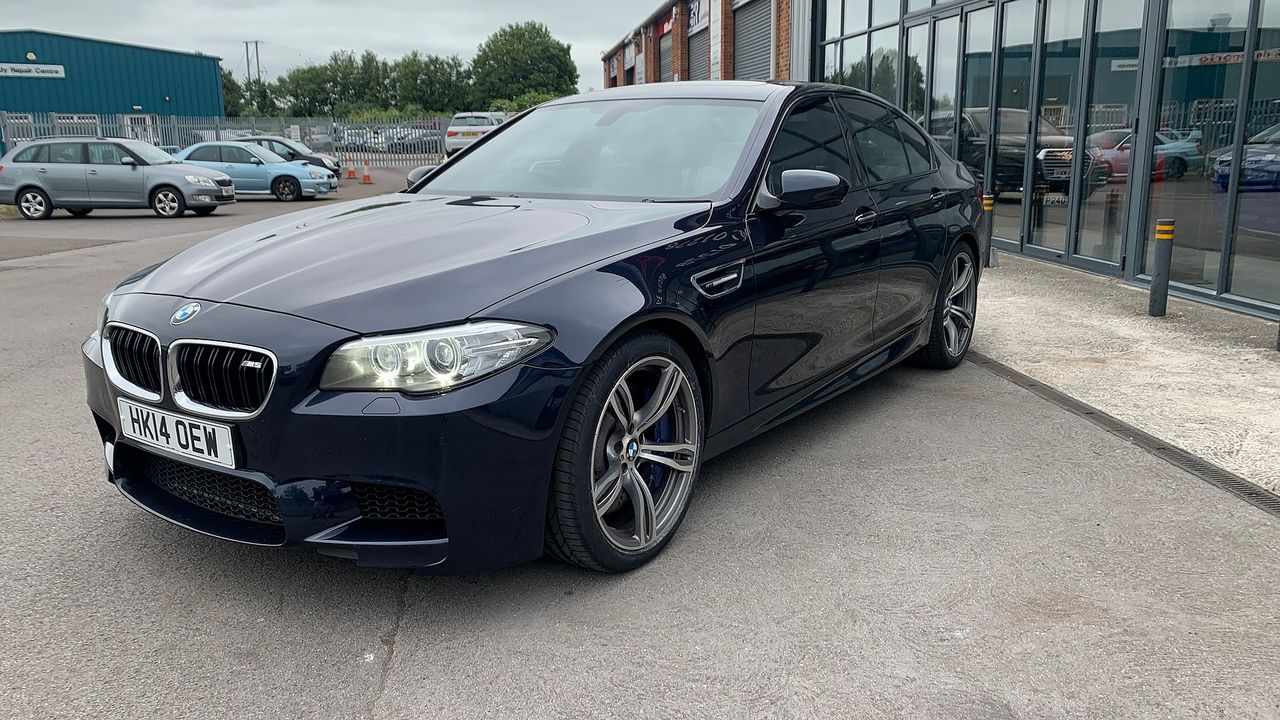 2014 BMW 5 Series M5 - Picture 10 of 15