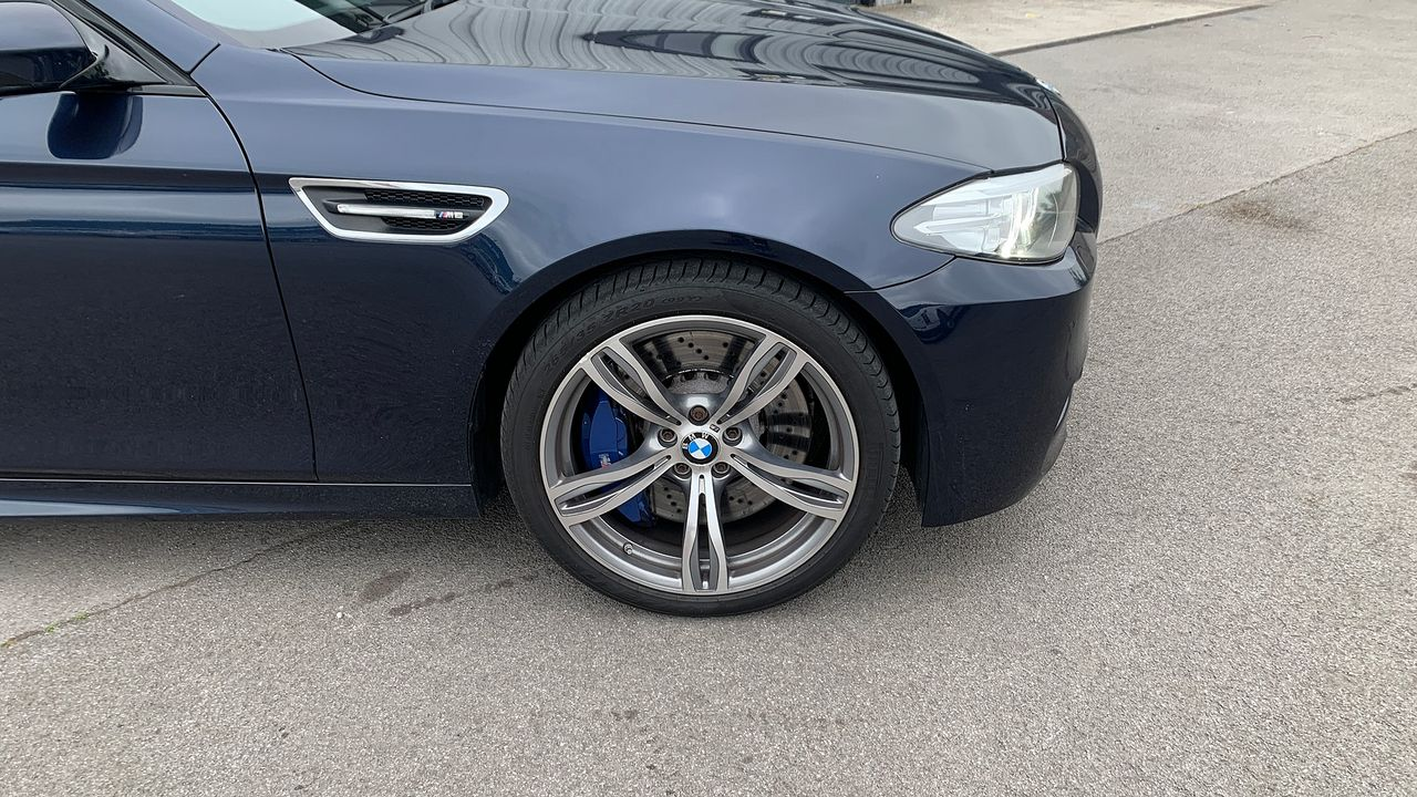 2014 BMW 5 Series M5 - Picture 11 of 15