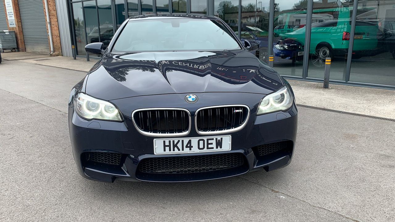 2014 BMW 5 Series M5 - Picture 12 of 15