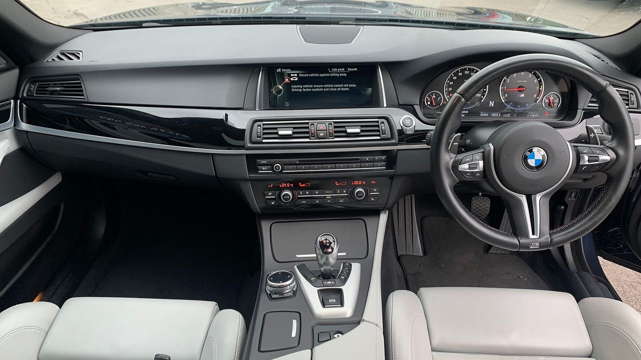2014 BMW 5 Series M5 - Picture 15 of 15