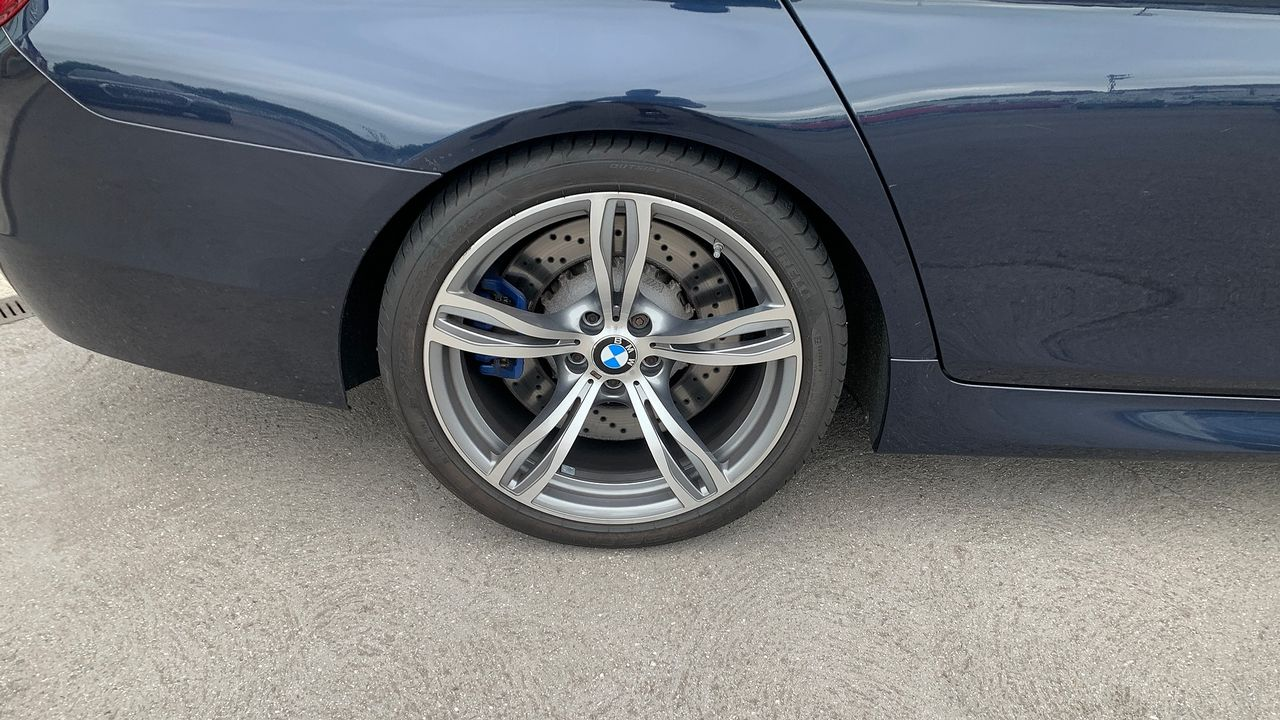 2014 BMW 5 Series M5 - Picture 3 of 15