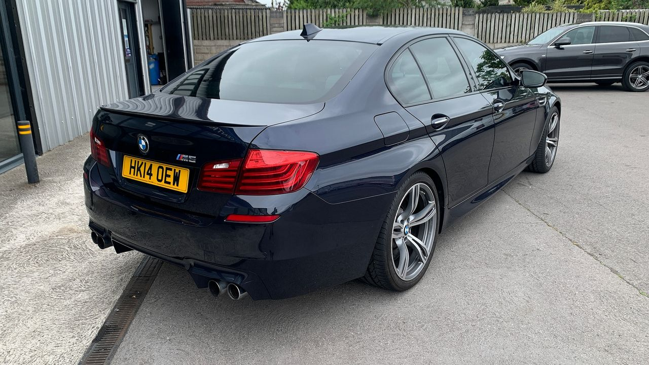 2014 BMW 5 Series M5 - Picture 4 of 15