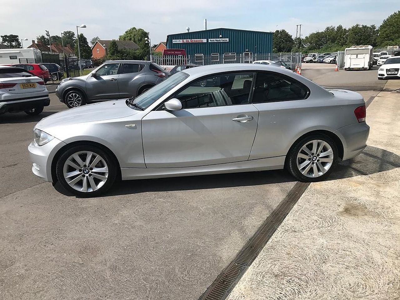 2008 BMW 1 Series 120d SE - Picture 2 of 12