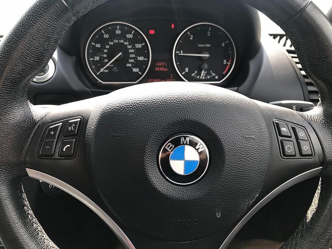 2008 BMW 1 Series 120d SE - Picture 8 of 12