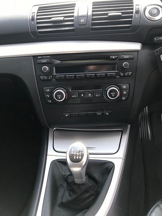2008 BMW 1 Series 120d SE - Picture 9 of 12