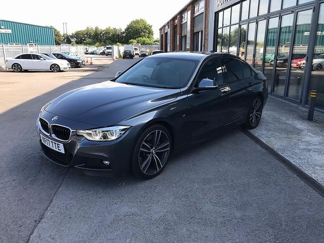 2017 BMW 3 Series 330d M Sport - Picture 4 of 14