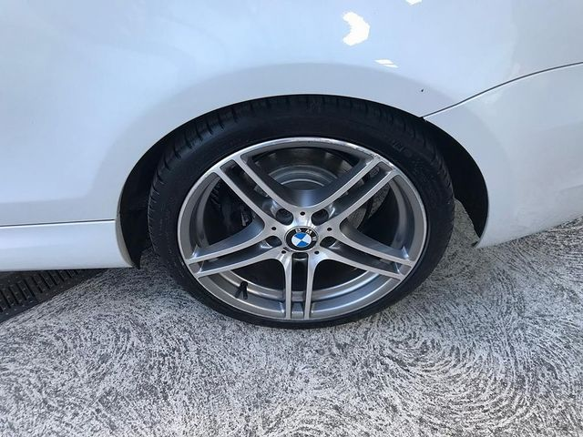 2013 BMW 1 Series 118d Sport Plus Edition - Picture 14 of 19
