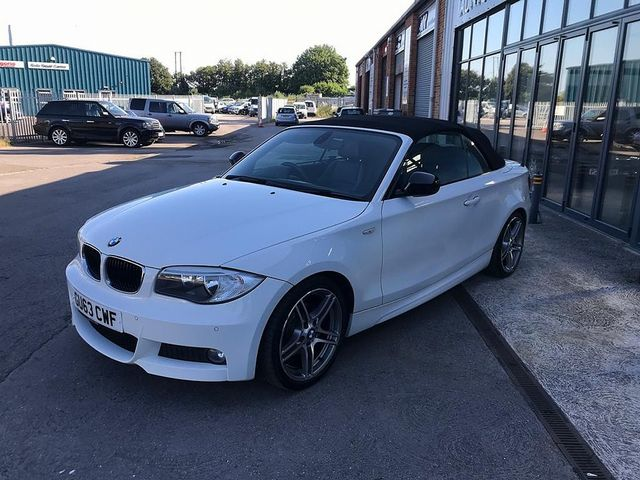 2013 BMW 1 Series 118d Sport Plus Edition - Picture 2 of 19