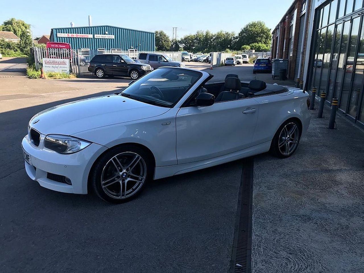 2013 BMW 1 Series 118d Sport Plus Edition - Picture 4 of 19