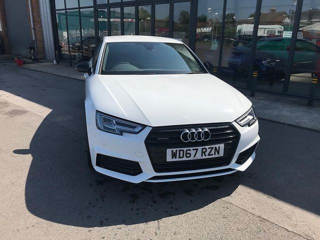 2017 AUDI A4 Black Ed 2.0 TFSI 252PS quattro S tronic - Picture 5 of 17