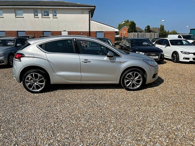 2013 CITROEN DS4 DStyle e-HDi 115 Airdream EGS6 - Picture 8 of 13