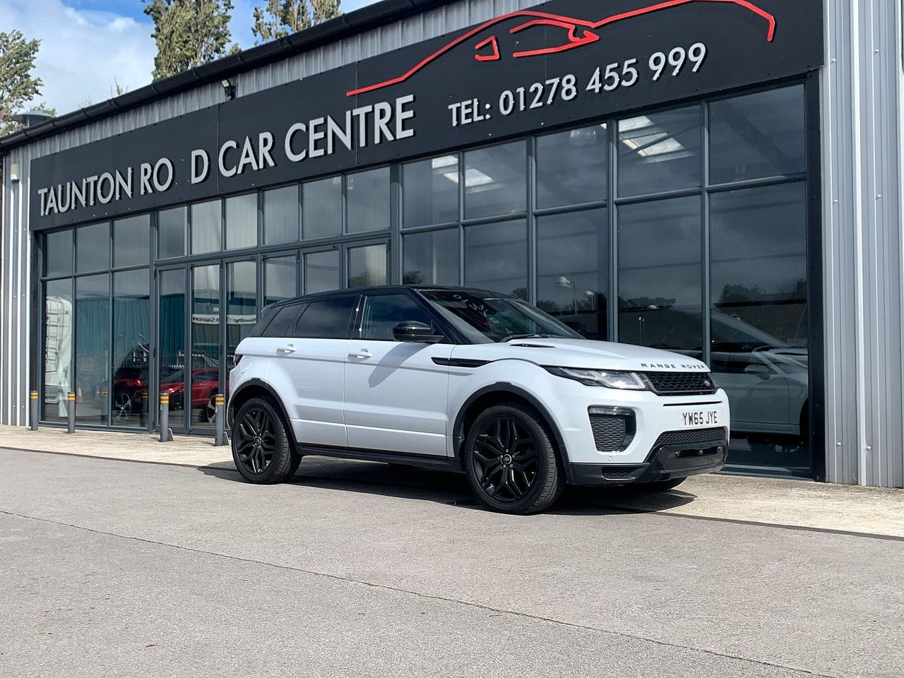 2015 LAND ROVER Range Rover Evoque Td4 180hp HSE Dynamic 9Sp Auto 4WD - Picture 1 of 11