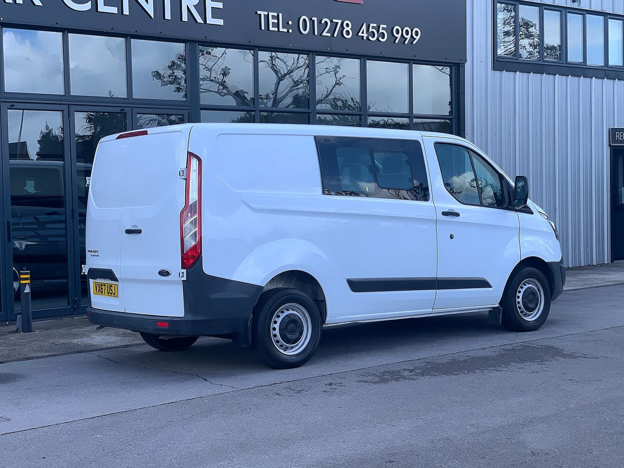 2017 FORD Transit Custom Crew Cab 2.0TD 105PS 270 FWD L1 - Picture 3 of 11