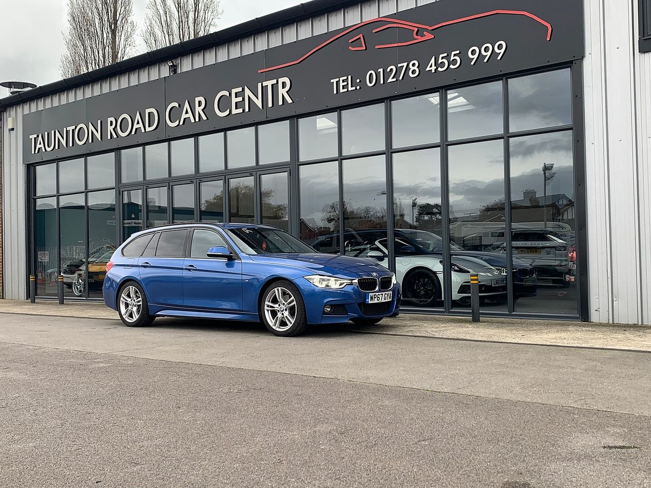 2017 BMW 3 Series  320d M Sport - Picture 1 of 10