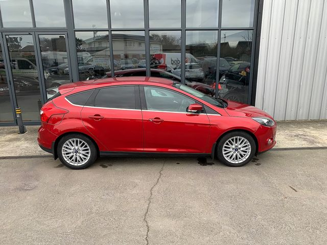 2011 FORD Focus Zetec 1.6 Ti-VCT 125 PS - Picture 3 of 9
